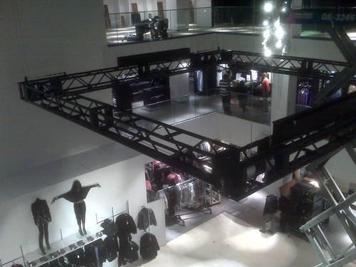 H & M – Fifth Avenue